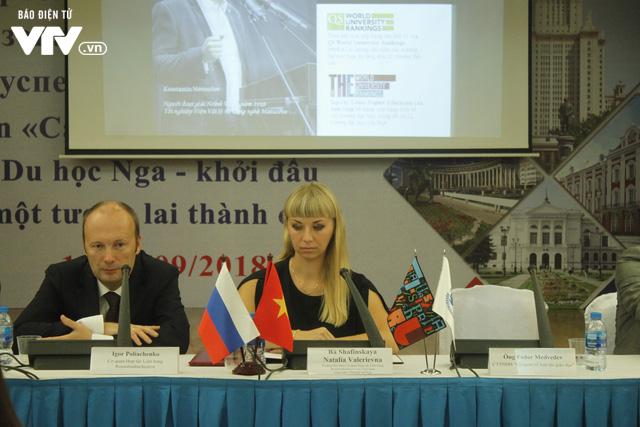 Triển lãm các trường đại học hàng đầu của Nga cuốn hút học sinh Việt - Ảnh 3.