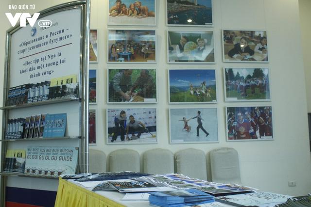 Triển lãm các trường đại học hàng đầu của Nga cuốn hút học sinh Việt - Ảnh 8.