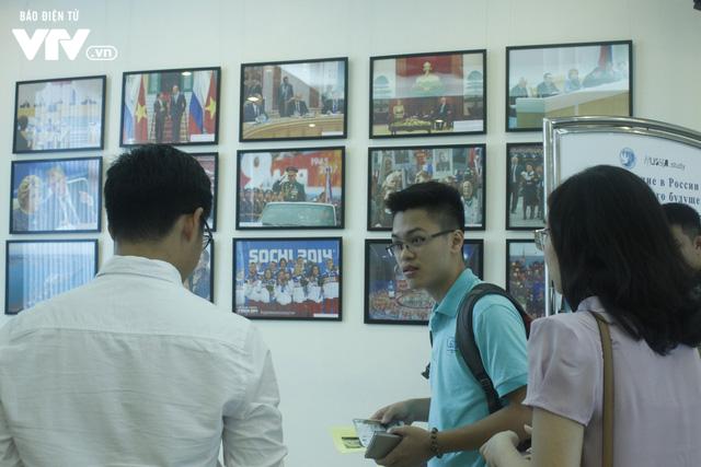 Triển lãm các trường đại học hàng đầu của Nga cuốn hút học sinh Việt - Ảnh 9.