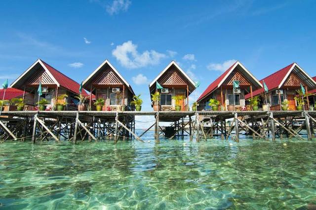 Điểm danh những bãi biển thiên đường đẹp như Maldives - Ảnh 4.