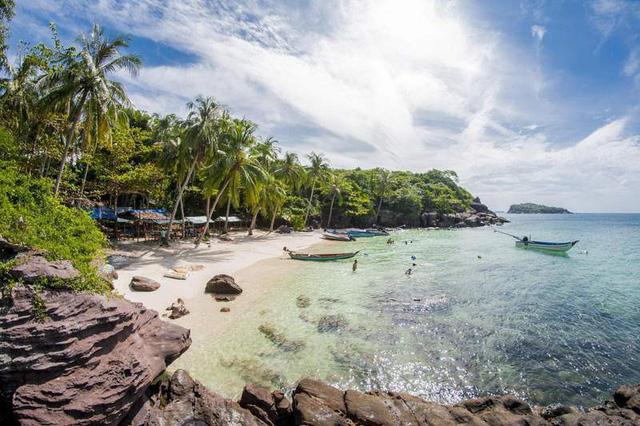 Điểm danh những bãi biển thiên đường đẹp như Maldives - Ảnh 5.