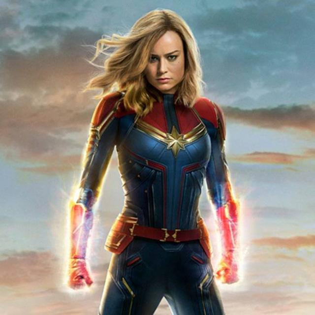 """Vừa lộ diện, nữ siêu anh hùng Captain Marvel đã khiến người hâm mộ """"đứng ngồi không yên"""" - Ảnh 1."""