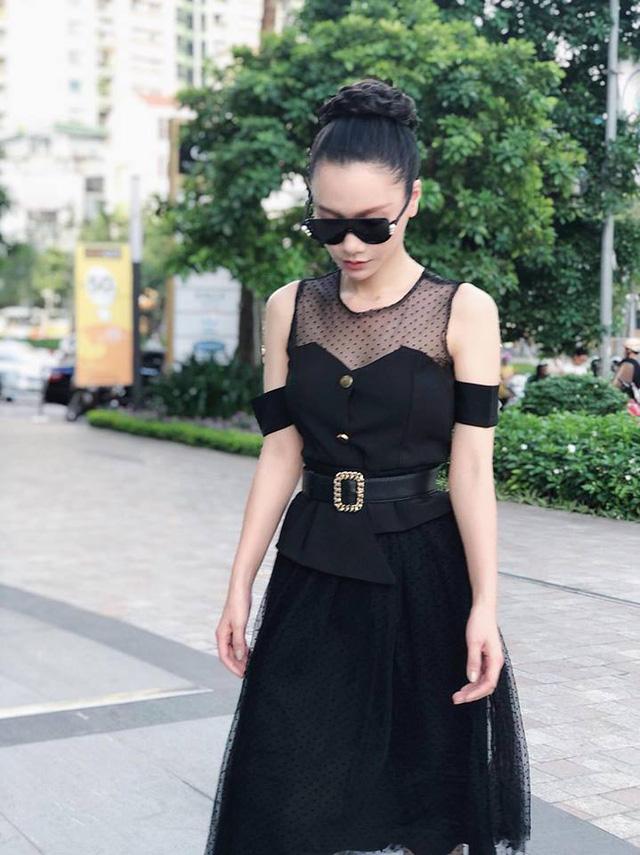 Gu thời trang thanh lịch của MC Minh Hà - Ảnh 3.