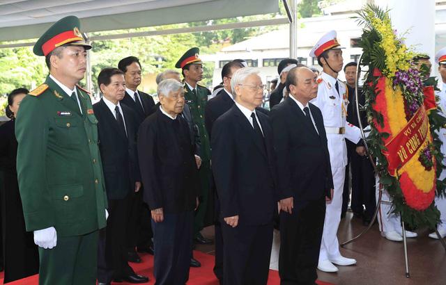Hình ảnh Lãnh đạo Đảng, Nhà nước viếng Chủ tịch nước Trần Đại Quang - Ảnh 2.