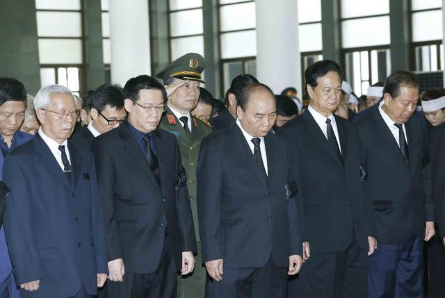 Hình ảnh Lãnh đạo Đảng, Nhà nước viếng Chủ tịch nước Trần Đại Quang - Ảnh 7.
