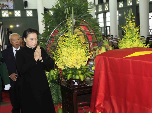 Hình ảnh Lãnh đạo Đảng, Nhà nước viếng Chủ tịch nước Trần Đại Quang - Ảnh 11.