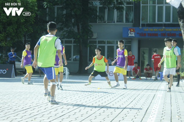 Tràn đầy hứng khởi giải Bóng đá đường phố SCG Street Football 2018 - Ảnh 15.