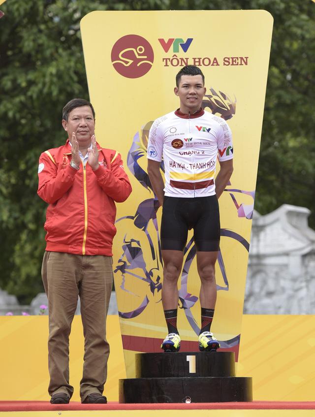 ẢNH: Những khoảnh khắc ấn tượng chặng 2 Giải xe đạp quốc tế VTV Cup Tôn Hoa Sen 2018 - Hà Nội đi Thanh Hoá - Ảnh 14.