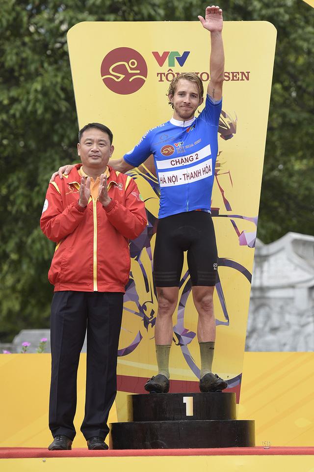 ẢNH: Những khoảnh khắc ấn tượng chặng 2 Giải xe đạp quốc tế VTV Cup Tôn Hoa Sen 2018 - Hà Nội đi Thanh Hoá - Ảnh 15.