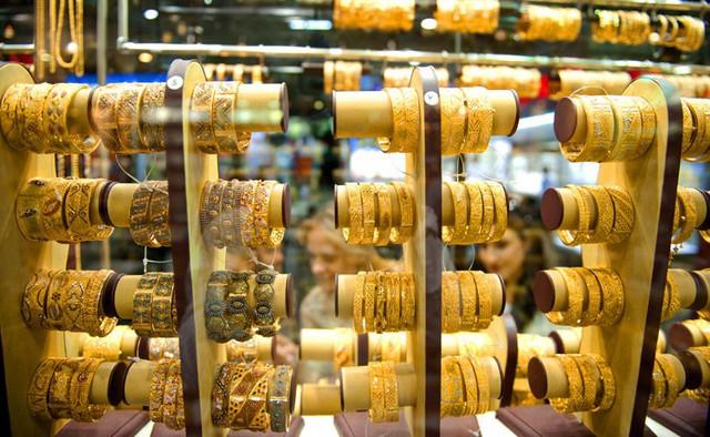 Hôm nay (9/8), giá vàng giảm sâu, mất mốc 60 triệu đồng/lượng - Ảnh 1.