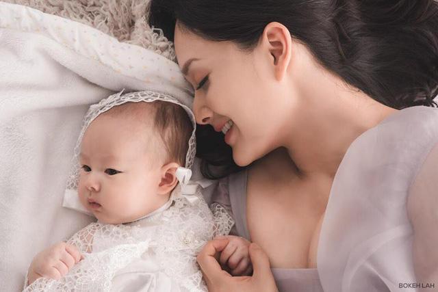 Lan Phương ngày càng mòn con mắt sau sinh con gái đầu lòng - Ảnh 2.