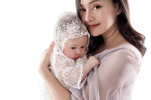 Lan Phương ngày càng mòn con mắt sau sinh con gái đầu lòng - Ảnh 1.