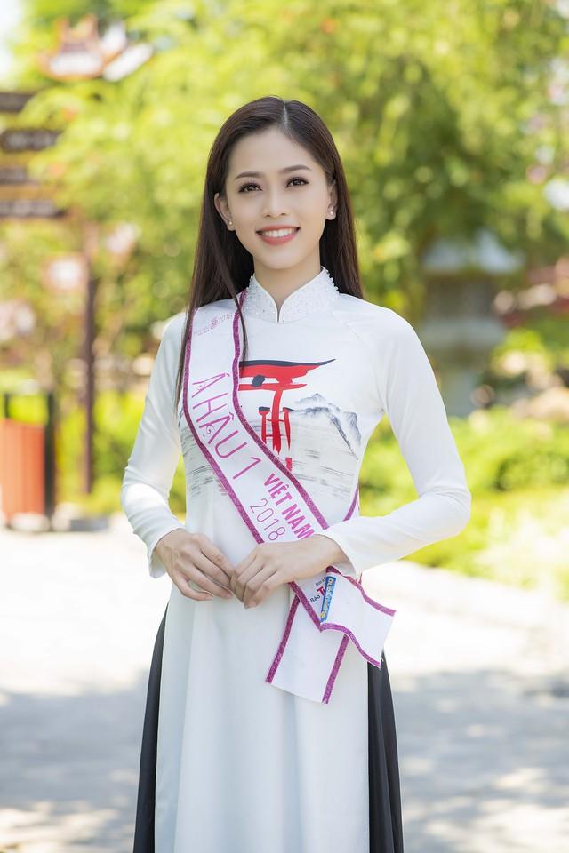 Top 3 Hoa hậu Việt Nam 2018 đọ sắc với áo dài họa tiết Nhật Bản - Ảnh 4.