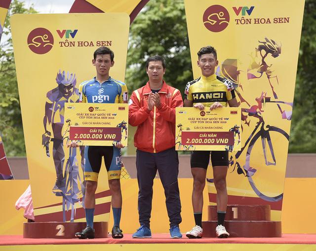 ẢNH: Những khoảnh khắc ấn tượng chặng 3 Giải xe đạp quốc tế VTV Cup Tôn Hoa Sen 2018 - Thanh Hoá đi Nghệ An - Ảnh 13.