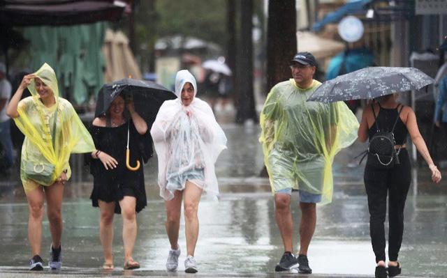Bão nhiệt đới Gordon đổ bộ vào Florida, Mỹ - Ảnh 1.