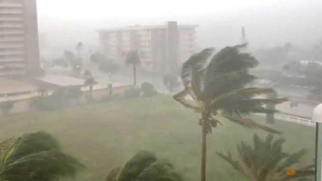 Bão nhiệt đới Gordon đổ bộ vào Florida, Mỹ - Ảnh 3.