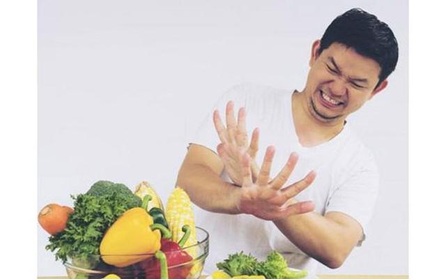 10 thói quen hàng ngày gây tổn hại thị lực của bạn - Ảnh 4.