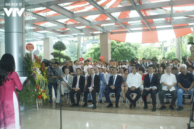 Tái hiện sinh động Hà Nội xưa tại Triển lãm Hoài niệm Hà Nội phố - Ảnh 3.