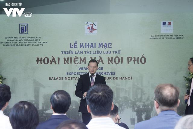 Tái hiện sinh động Hà Nội xưa tại Triển lãm Hoài niệm Hà Nội phố - Ảnh 2.