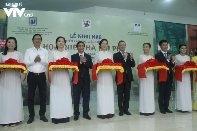 Tái hiện sinh động Hà Nội xưa tại Triển lãm Hoài niệm Hà Nội phố - Ảnh 5.