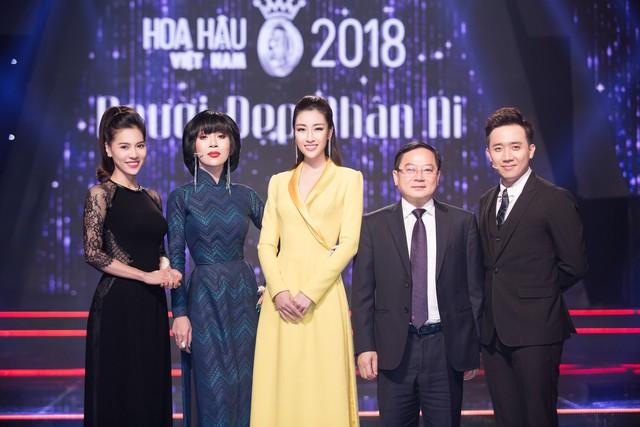 Khi thí sinh Hoa hậu Việt Nam 2018 thử sức làm điều dưỡng viên - Ảnh 9.