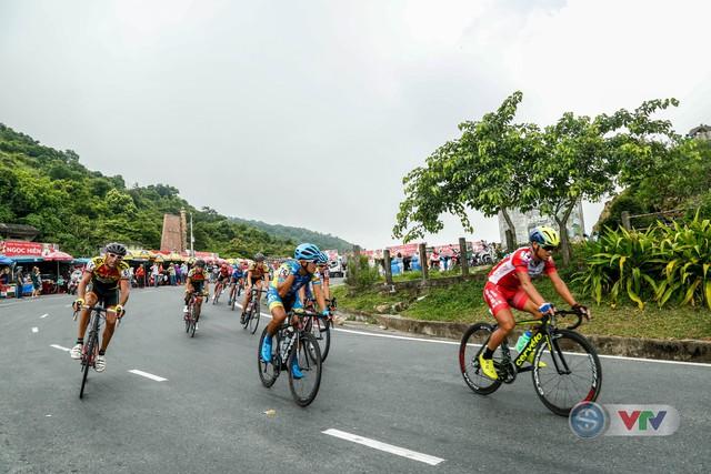 ẢNH: Những khoảnh khắc ấn tượng chặng 7 Giải xe đạp quốc tế VTV Cup Tôn Hoa Sen 2018 - Ảnh 11.