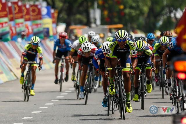 ẢNH: Những khoảnh khắc ấn tượng chặng 7 Giải xe đạp quốc tế VTV Cup Tôn Hoa Sen 2018 - Ảnh 13.