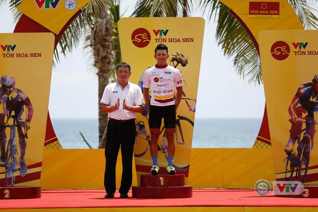 ẢNH: Những khoảnh khắc ấn tượng chặng 7 Giải xe đạp quốc tế VTV Cup Tôn Hoa Sen 2018 - Ảnh 17.