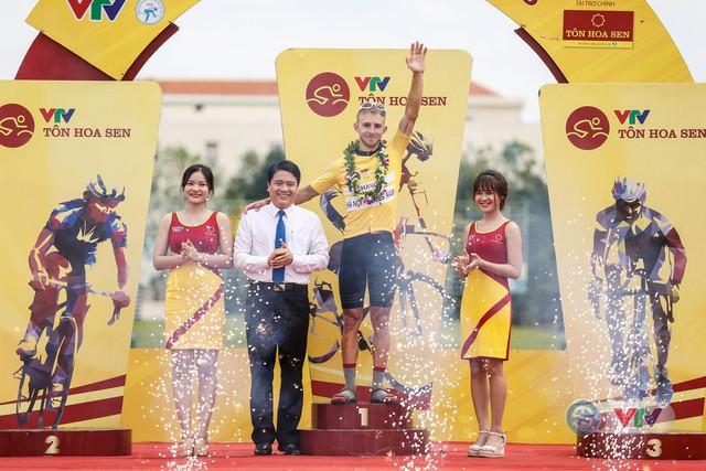 ẢNH: Những khoảnh khắc ấn tượng chặng 8 Giải xe đạp quốc tế VTV Cup Tôn Hoa Sen 2018 - Ảnh 13.