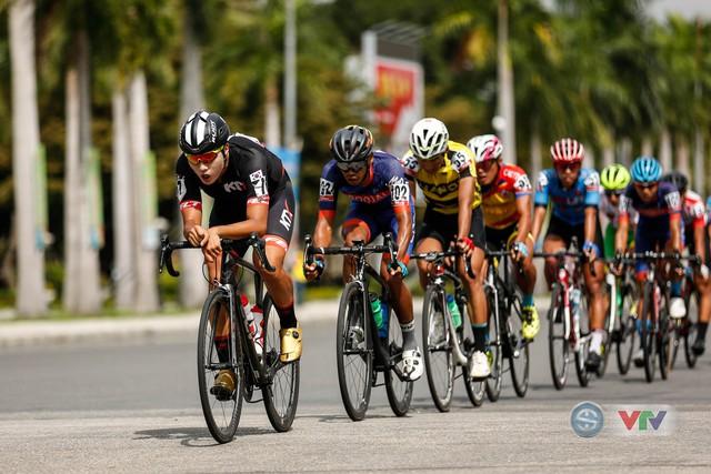 ẢNH: Những khoảnh khắc ấn tượng chặng 8 Giải xe đạp quốc tế VTV Cup Tôn Hoa Sen 2018 - Ảnh 6.