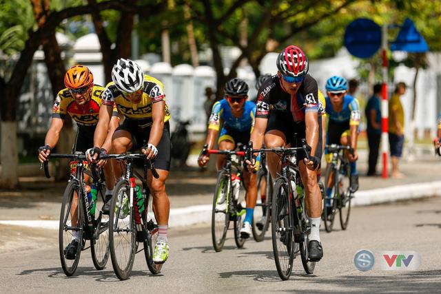 ẢNH: Những khoảnh khắc ấn tượng chặng 8 Giải xe đạp quốc tế VTV Cup Tôn Hoa Sen 2018 - Ảnh 8.