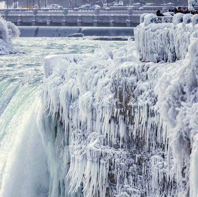 Giật mình trước chùm ảnh về mùa đông lạnh giá ở Bắc Mỹ - Ảnh 6.