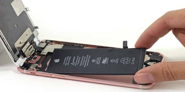 Tin buồn cho những người dùng iPhone 6 Plus - Ảnh 1.