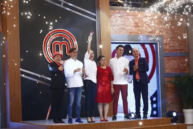 Ca sĩ Mai Trang bứt phá giành danh hiệu Quán quân Vua đầu bếp - Ảnh 8.