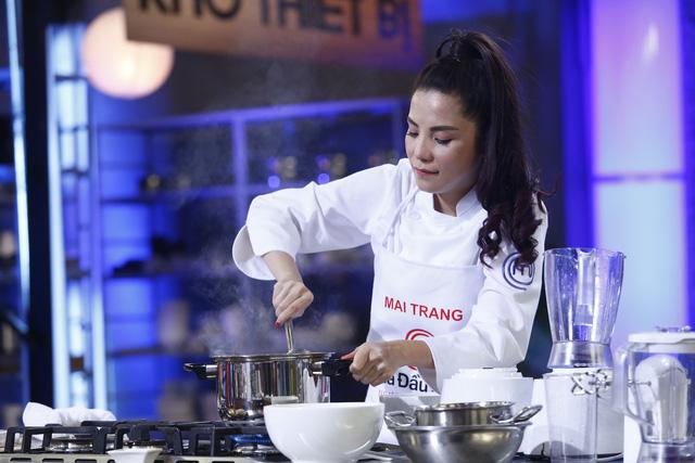 Ca sĩ Mai Trang bứt phá giành danh hiệu Quán quân Vua đầu bếp - Ảnh 2.