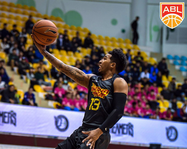 ABL 2018: Saigon Heat đánh bại nhà ĐKVĐ Hong Kong Eastern Long Lions - Ảnh 1.