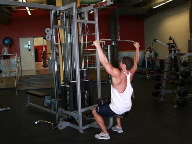 8 cách hiệu quả làm giảm mỡ béo trên cánh tay - Ảnh 3.