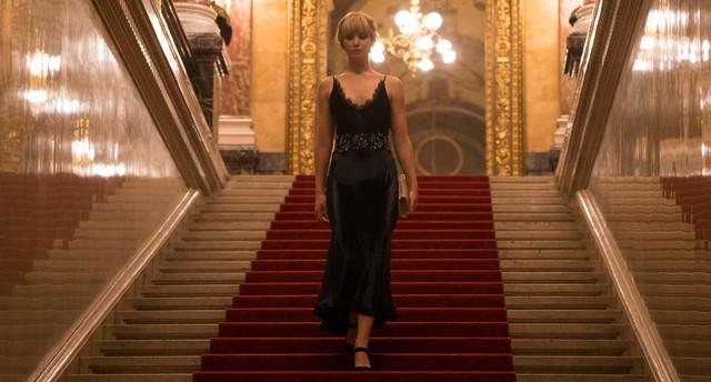 Jennifer Lawrence hóa điệp viên gợi cảm trong phim Red Sparrow - ảnh 4