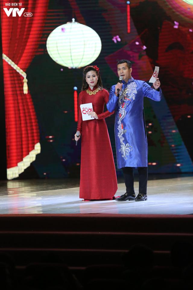 Mỹ Dung - Trương Thế Vinh hóa cặp đôi MC ăn ý trong Gala Cười 2018 - Ảnh 4.