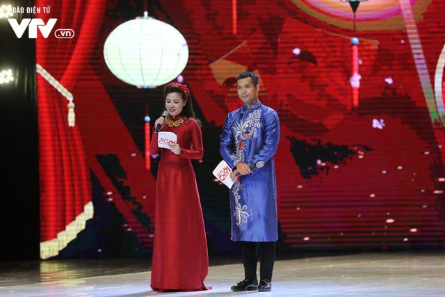 Mỹ Dung - Trương Thế Vinh hóa cặp đôi MC ăn ý trong Gala Cười 2018 - Ảnh 3.