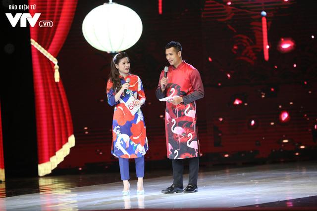 Mỹ Dung - Trương Thế Vinh hóa cặp đôi MC ăn ý trong Gala Cười 2018 - Ảnh 2.