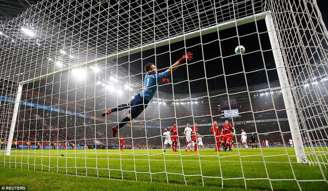 Kết quả bóng đá sáng 13/1: Bayern thể hiện sức mạnh, Malaga nối dài chuỗi thất bại - Ảnh 1.