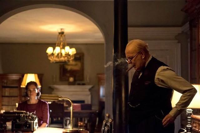 Darkest Hour - Phim đáng xem mùa giải thưởng - Ảnh 6.