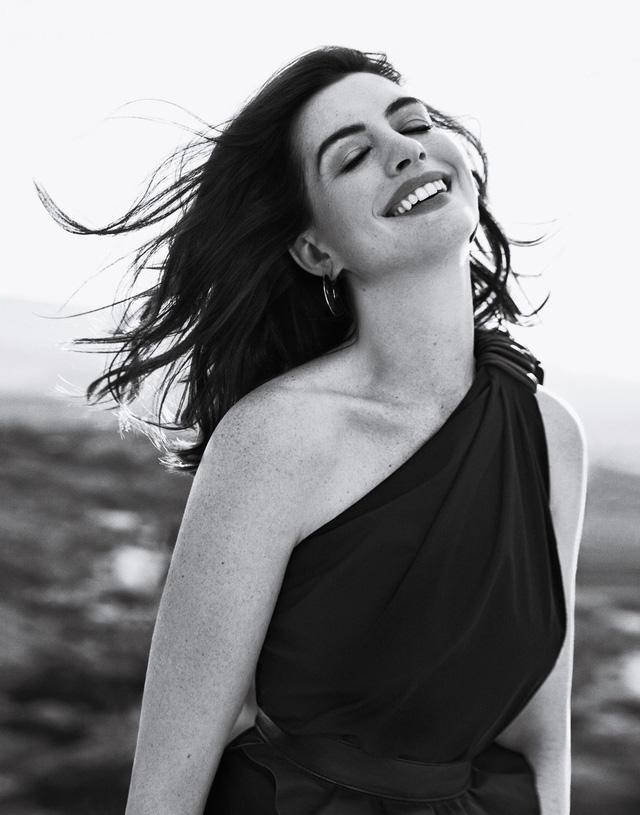 Anne Hathaway luôn luôn là công chúa! - Ảnh 2.