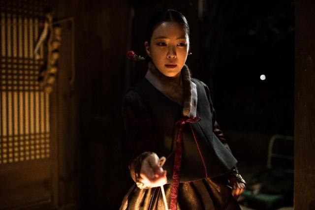 """Trở lại sau 32 năm, """"Nàng dâu bị nguyền"""" ám ảnh màn ảnh rộng 2019 - Ảnh 1."""
