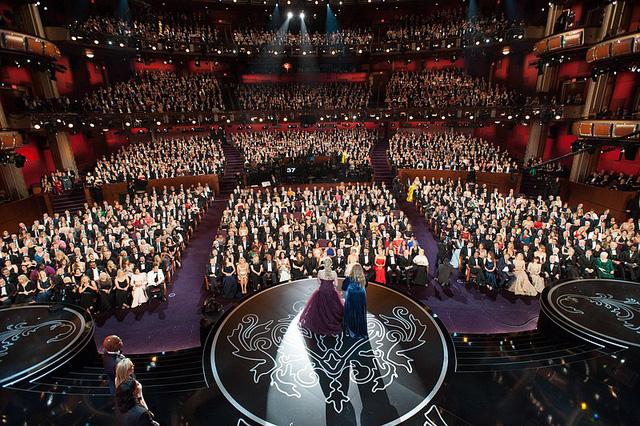 Sau sự cố kì thị đồng tính, Oscar 2019 đứng trước nguy cơ không có MC - Ảnh 2.