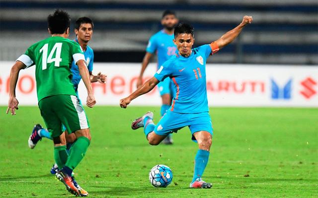 Quang Hải góp mặt trong top 10 sao sáng nhất Asian Cup 2019 vòng bảng đầu tiên - Ảnh 4.