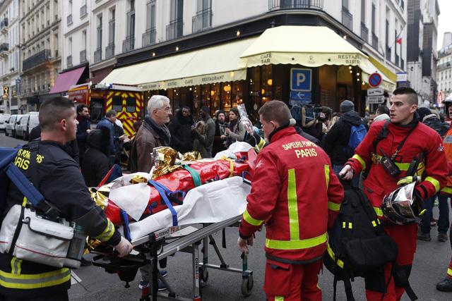 Đẩy mạnh công tác cứu hộ vụ nổ do rò rỉ khí gas ở Paris, Pháp - Ảnh 4.
