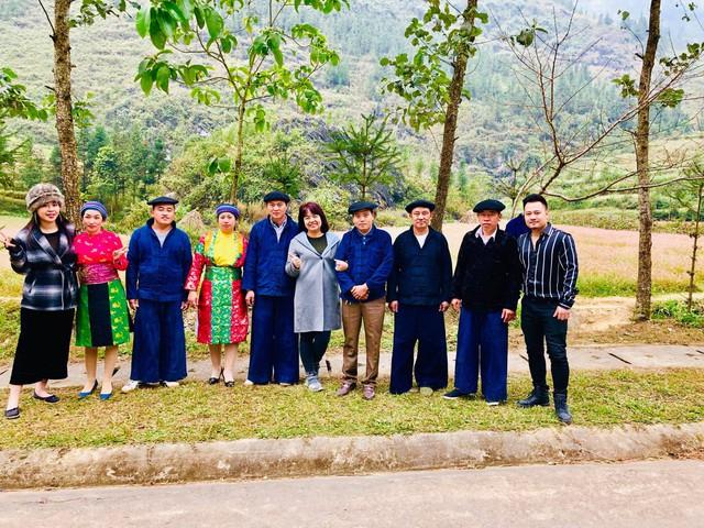Cặp đôi Nguyễn Đức Cường – Vũ Hạnh Nguyên lần đầu tiên cùng trải nghiệm trong Chuyến đi màu xanh - Ảnh 3.