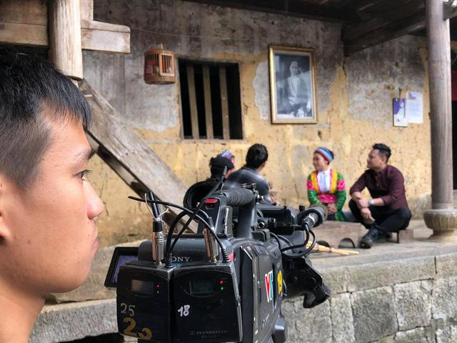 Cặp đôi Nguyễn Đức Cường – Vũ Hạnh Nguyên lần đầu tiên cùng trải nghiệm trong Chuyến đi màu xanh - Ảnh 2.
